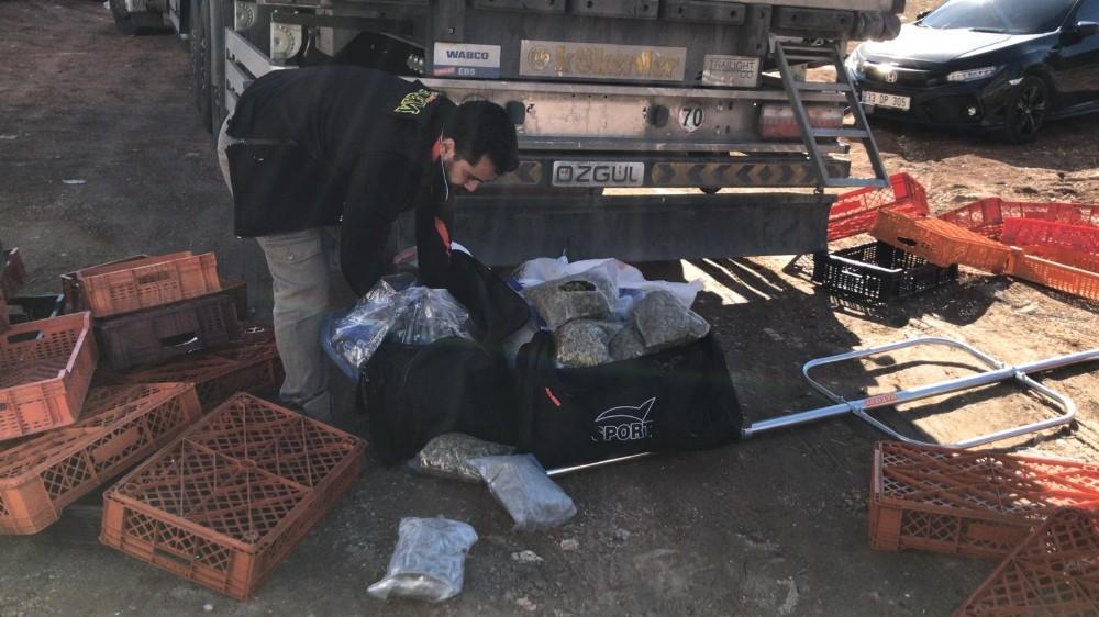 Şanlıurfa'da 600 bin lira değerinde uyuşturucu ele geçirildi