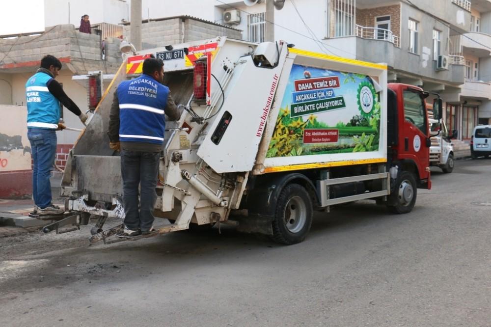 Daha temiz bir Akçakale için temizlik ekipleri seferber oldu