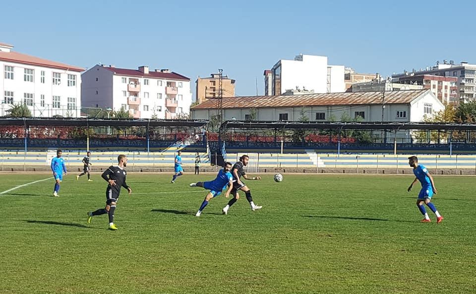 Karaköprü Belediyespor maçtan galip ayrıldı