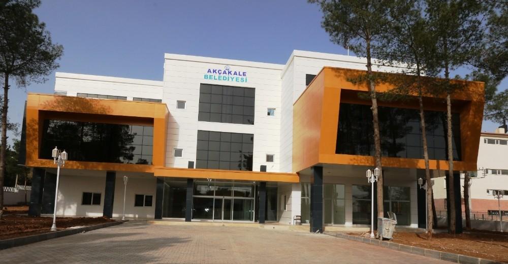 Akçakale Belediyesi yeni hizmet binasına taşındı