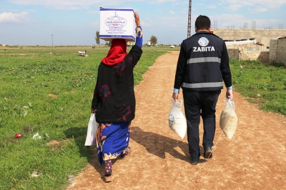 Sokağa çıkma kısıtlaması bulunanlara 600 gıda kolisi yardımı