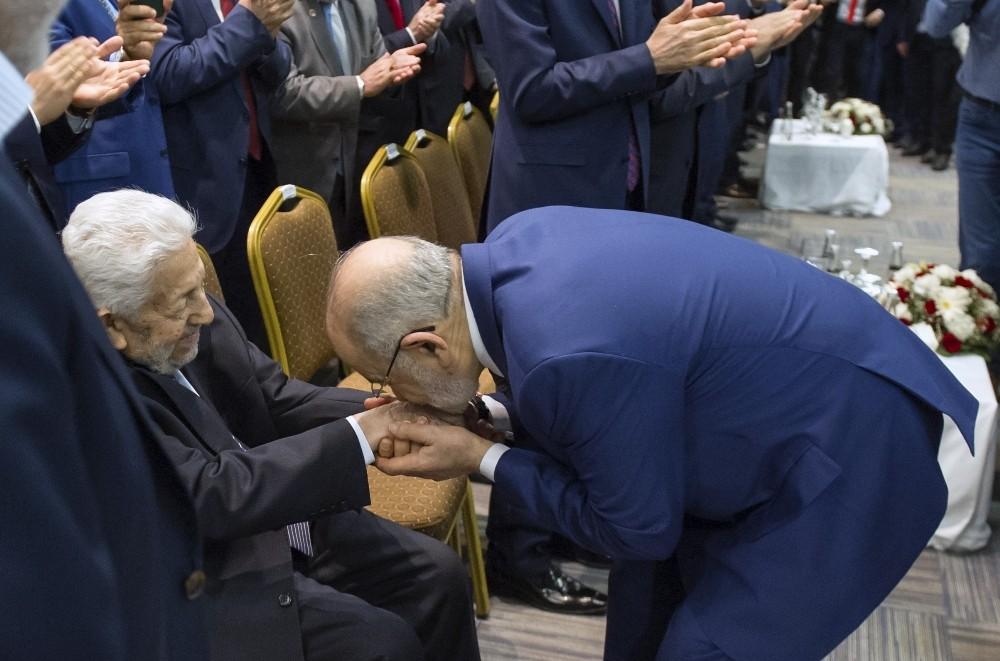 SP'nin cumhurbaşkanı adayı Karamollaoğlu