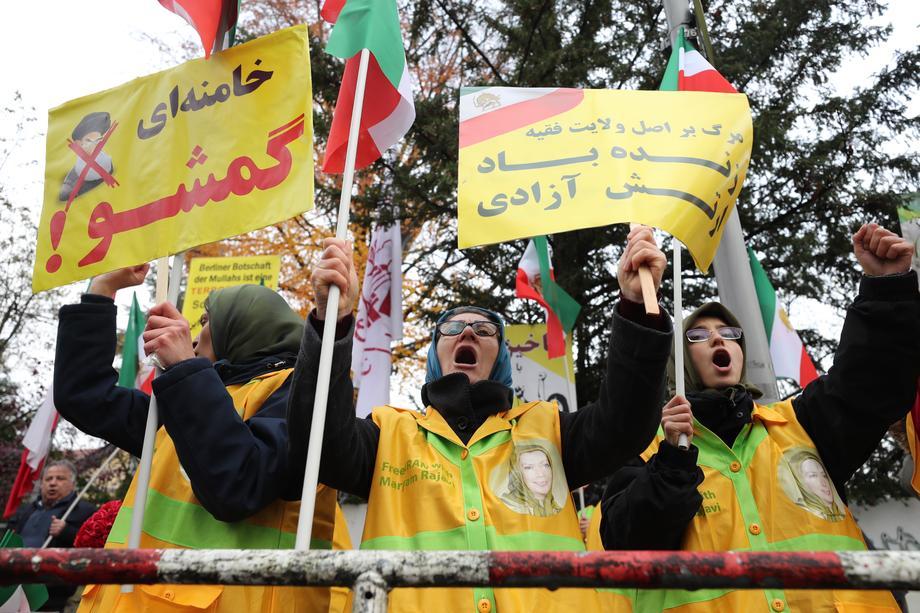 ABD İran'daki hükümet karşıtı protestolara açık destek verdi