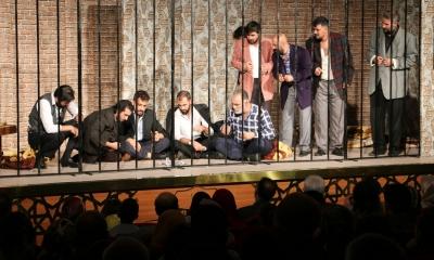 72.Koğuş Diyarbakır'da Sahnelendi