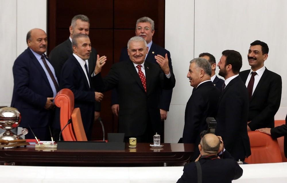 Cumhurbaşkanlığı Hükümet Sistemi'nin ilk bütçesi kabul edildi