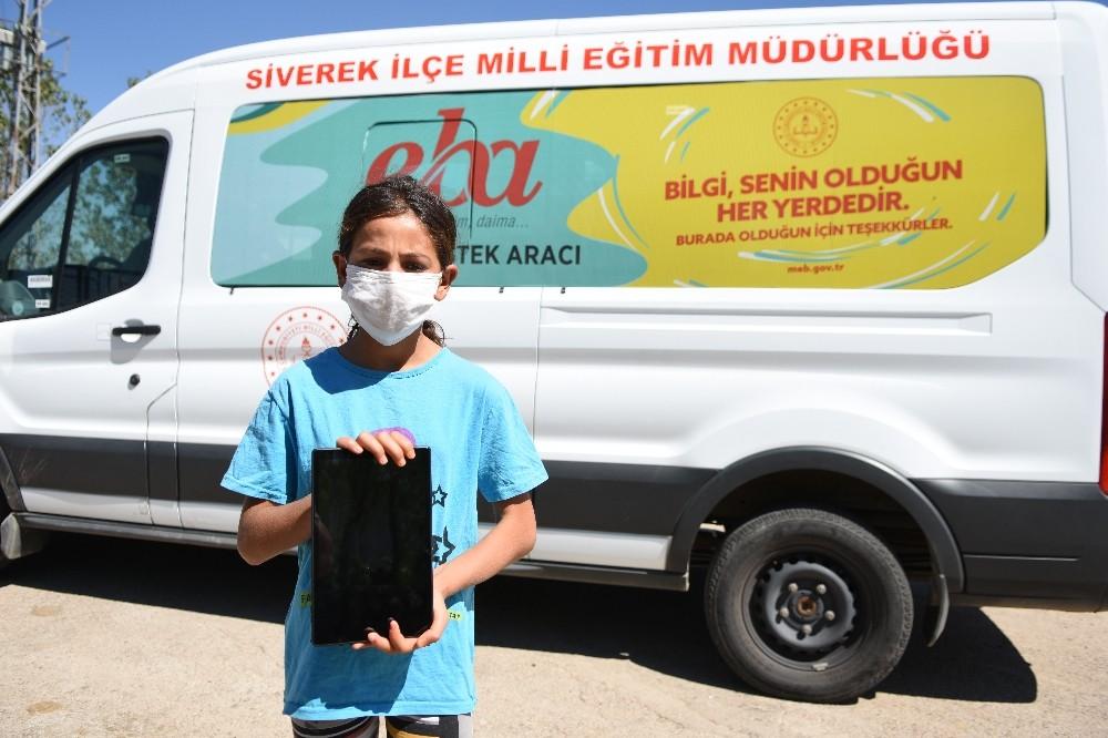 Şanlıurfa Valisi öğrencinin tablet isteğini geri çevirmedi