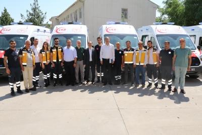 8 Adet Tam Donanımlı Ambulans, ŞANLIURFA'da hizmete vermeye başladı.