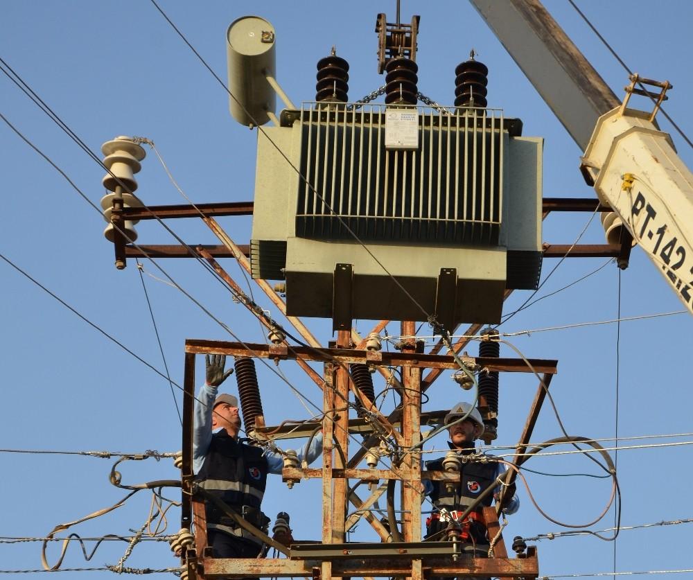 Güneydoğu'da elektriğe yeni yılda 400 milyon liralık yatırım yapılacak