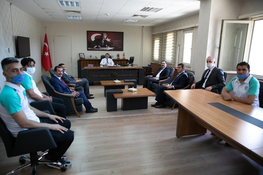 Başkanlardan Haliliye Belediyespor'a tebrik