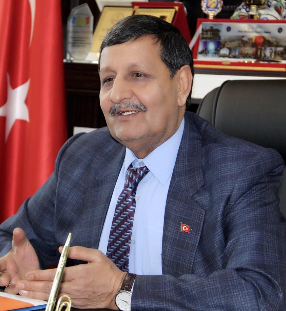 Belediye Başkanı Mehmet Özyavuz'dan 10 Ocak kutlaması