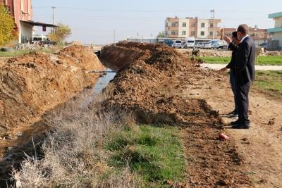 Akçakale'de drenaj çalışmaları başladı