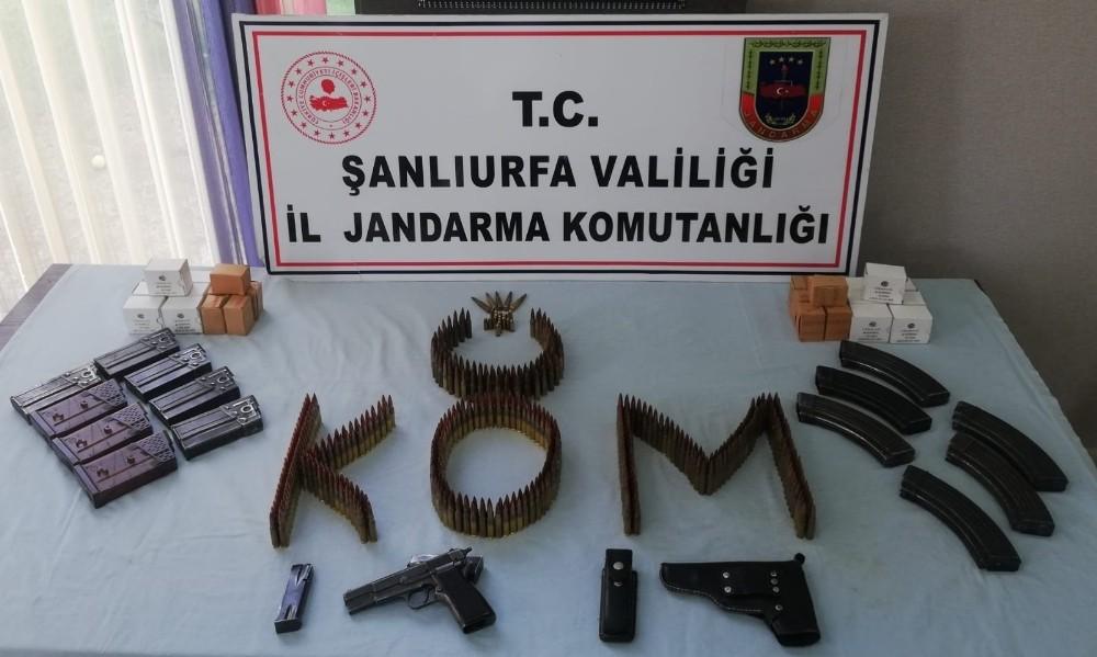 Şanlıurfa'da bin 529 mermi ile bir tabanca ve şarjörler ele geçirildi