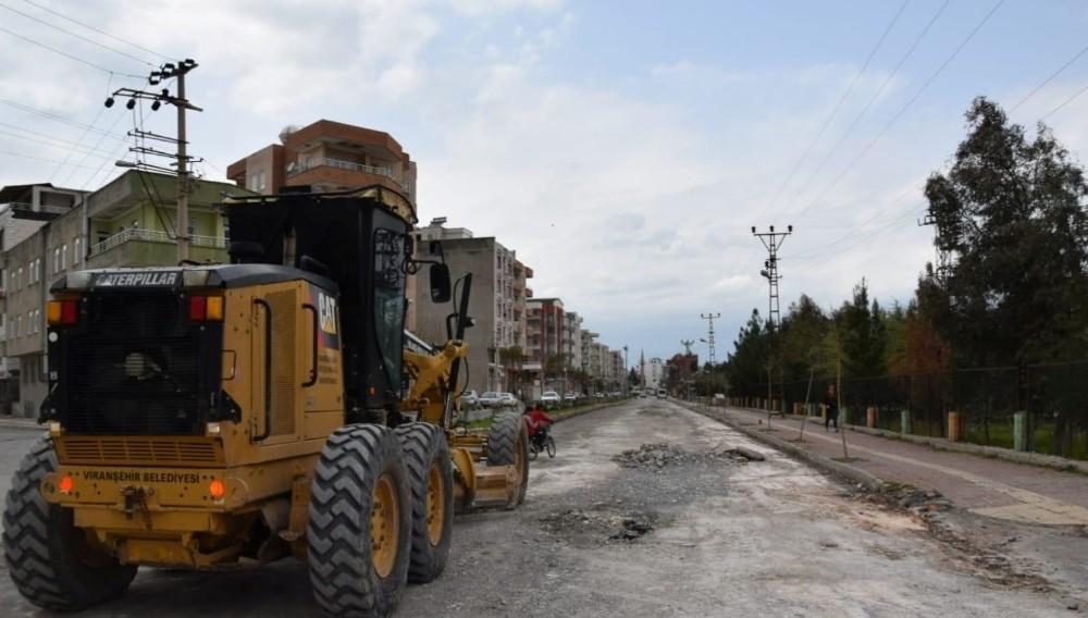 Viranşehir'de yollar onarılıyor