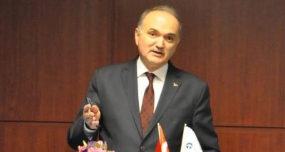 Bakan Özlü: ''Dövizdeki dalgalı seyir üzerinden Türk ekonomisini değerlendirenler yanlış hesap yapıyorlar''