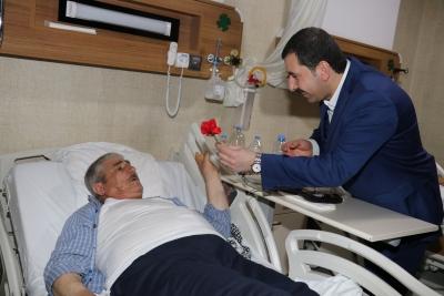 Başkan Adayı Baydilli'den Hastalara 'Moral' Ziyareti
