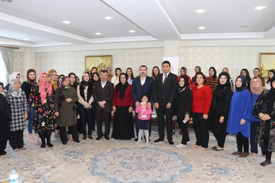 Başkan Baydilli'den Kadın Personele Kadınlar Günü Jesti