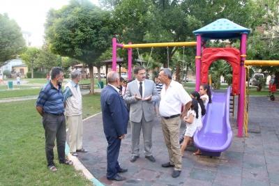 Başkan Canpolat Parkta İncelemelerde Bulundu