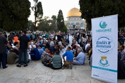 Başkan Demirkol,Kudüs'teki Müslümanların Yanında