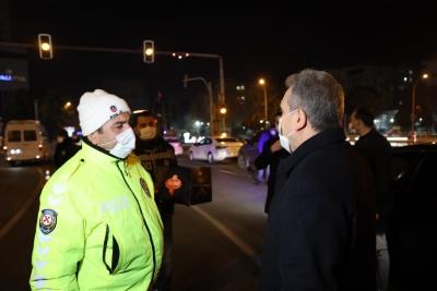 Beyazgül yeni yıla polis ve basın mensuplarıyla girdi