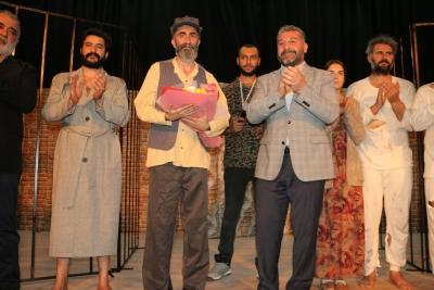 Büyükşehir Tiyatrosu Yeni Sezon Perdelerini Açtı