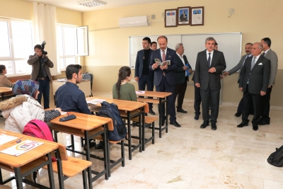 Büyükşehir'den TYT'ye Girecek Olan Öğrencilere Deneme Sınavı