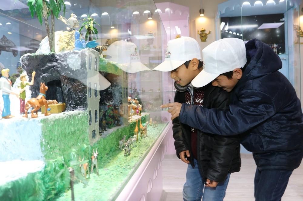Karaköprü'de Oyuncak müzesinde İngilizce dersi