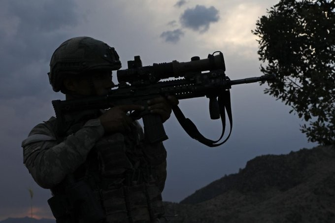 """MSB: """"Terör örgütü PKK'nın bomba yüklü 2 maket uçağı düşürüldü"""""""