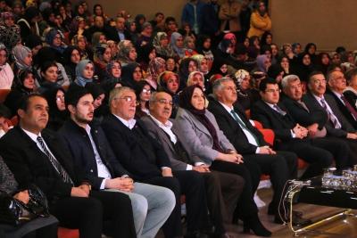 Değişen Dünya Ve Gençlik Konferansı Yoğun İlgi Gördü