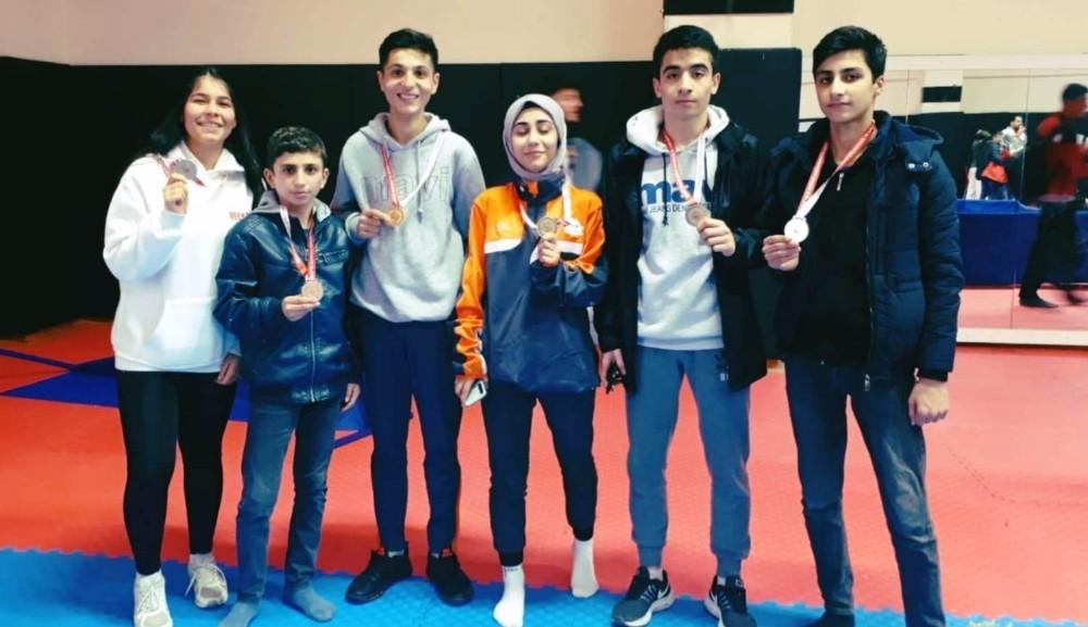 Gençler 26 madalya aldı