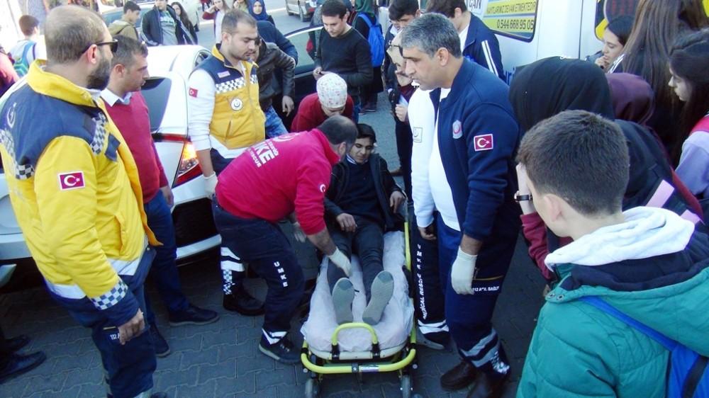 Şanlıurfa'da elektrikli bisiklet kazası: 1'i öğrenci, 2 yaralı