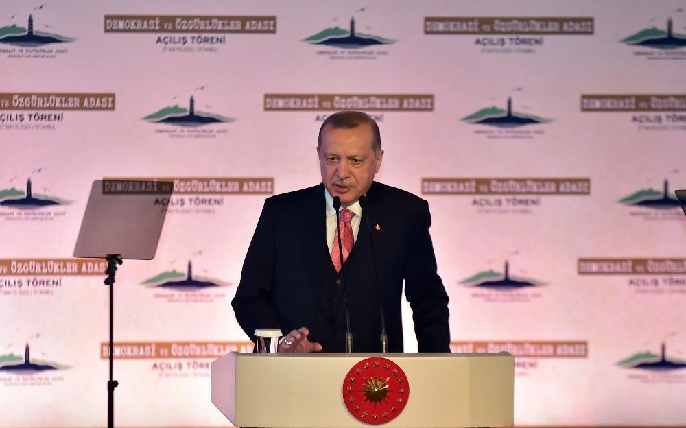 """Cumhurbaşkanı Erdoğan: """"Yassıada'da yargılanan milletimizdi"""""""