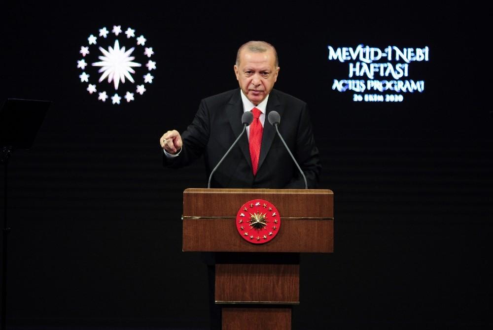 Cumhurbaşkanı Erdoğan, Fransız mallarına boykot çağrısı yaptı