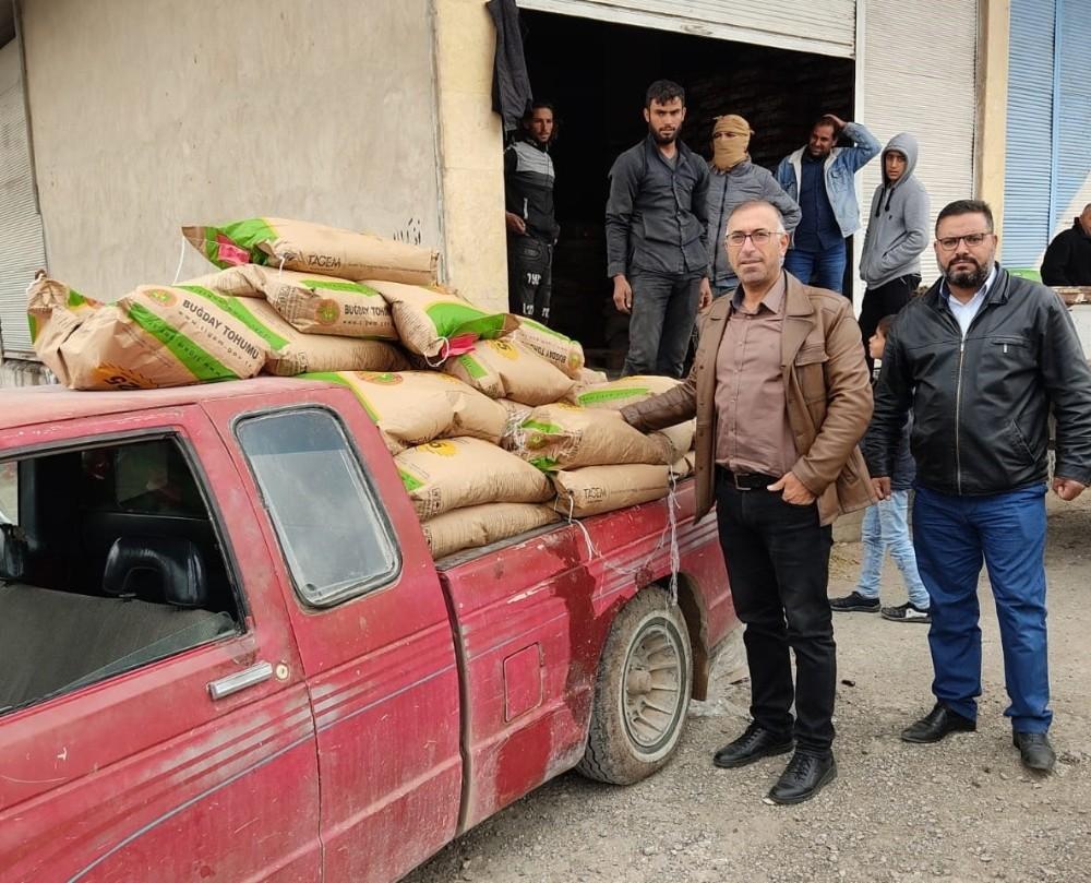 Suriye'de 100 ton tohum dağıtıldı