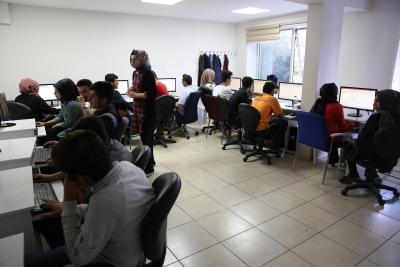 Gençler Haliliye Belediyesi İle Bilgisayar Öğreniyor