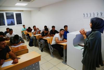 Gençler üniversiteye Haliliye Belediyesi ile Hazırlanıyor