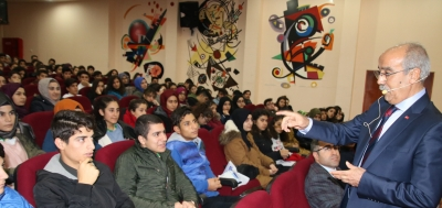 Genel Sekreter Açar Gençlere Seslendi