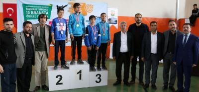 Güreş Turnuvasın'da Şampiyonlar Belirlendi