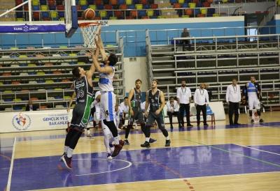 Haliliye Basketbol Takımı Gemlik'i Eli Boş Gönderdi