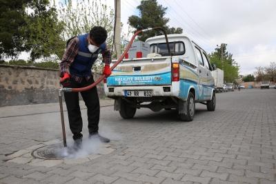 Haliliye Belediyesi Larva İle Mücadele Çalışmalarını Devam Ettiriyor