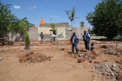 Haliliye Belediyesin'den Karşıyaka Mahallesinde Yeni Park Çalışması