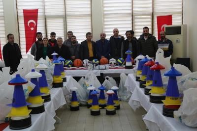 Haliliye Belediyesin'den Okullara Spor Malzamesi Desteği