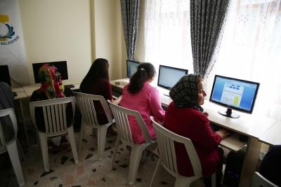 Haliliye Belediyesin'den Kadınlara Pozitif Ayrımcılık