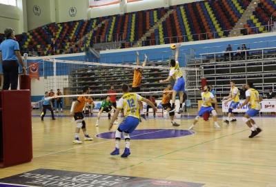 Haliliye Voleybol Takımı Malatya'yı 3- 0 Mağlup Etti