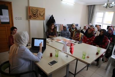 """Haliliye'de Kadınlara Yönelik """"Aile Olmak"""" Söyleşisi"""