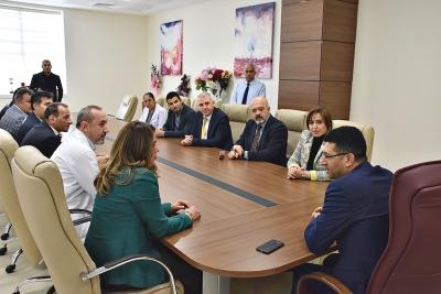 Harran Üniversite Hastanesi Başhekimliğine Ahmet Güzelçiçek Getirildi.