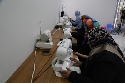 Kadınlar Haliliye Belediyesi İle Meslek Öğreniyor