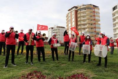 KARAKÖPRÜ'DE 11 NİSAN'A ÖZEL BANDO GÖSTERİSİ VE KORTEJ YÜRÜYÜŞÜ