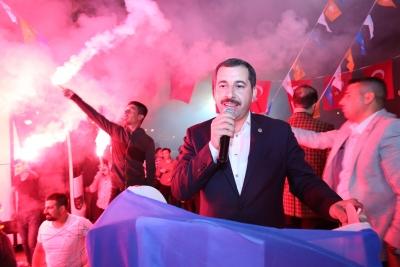Karaköprü'de Coşkulu Seçim Bürosu Açılışı