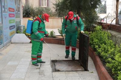 Karaköprü'de İlaçlama Çalışmaları Sürüyor