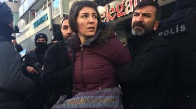 KESK Eş Genel Başkanı Aysun Gezen gözaltına alındı!